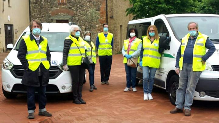 Emergenza Covid-19 : 1.402.755 ore di volontariato per aiutare gli anziani  soli | Auser
